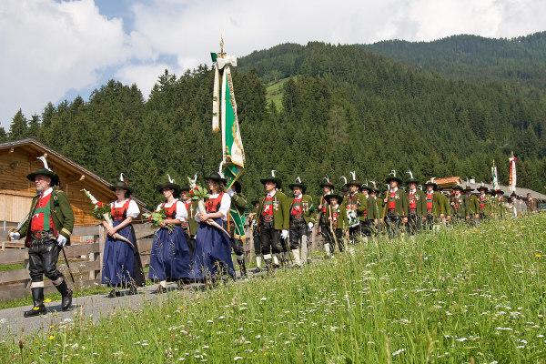 Bergmann Hans / Bergmann Alois / 9--img_5086-jakobi-2012- / Zum Vergrößern auf das Bild klicken