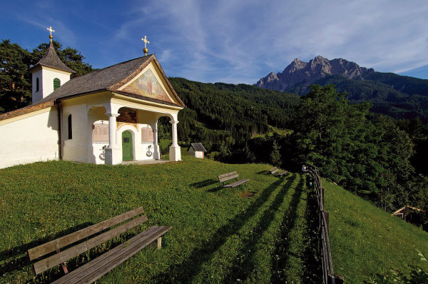 bergfex.at / Kalvarienberg Mieders / Zum Vergrößern auf das Bild klicken