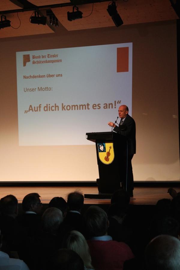 Thomas Saurer / Bundesversammlung / Zum Vergrößern auf das Bild klicken