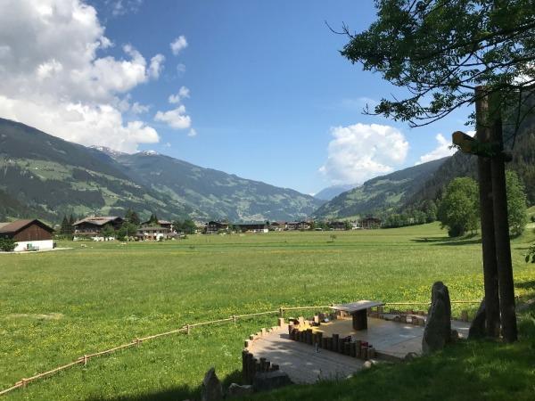 Thomas Saurer / Festplatz Mayrhofen / Zum Vergrößern auf das Bild klicken