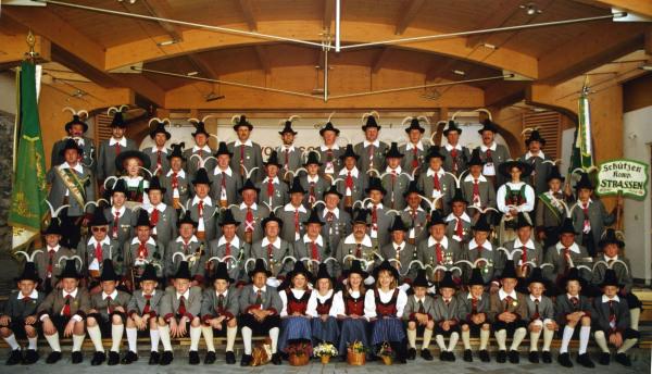 Bergmann Hans / kompaniefoto_2001 / Zum Vergrößern auf das Bild klicken